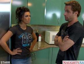 video relacionado Rachel Starr y su chico empiezan el día con polvazo en la cocina