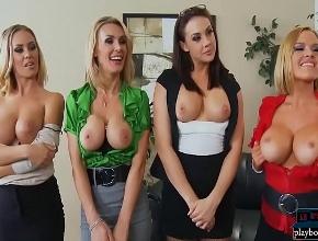 video relacionado El jefe de la empresa se monta una orgía con sus empleadas